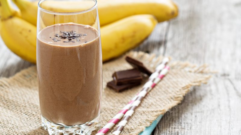 Chocolate Peanut Butter Protein Smoothie, YUM!