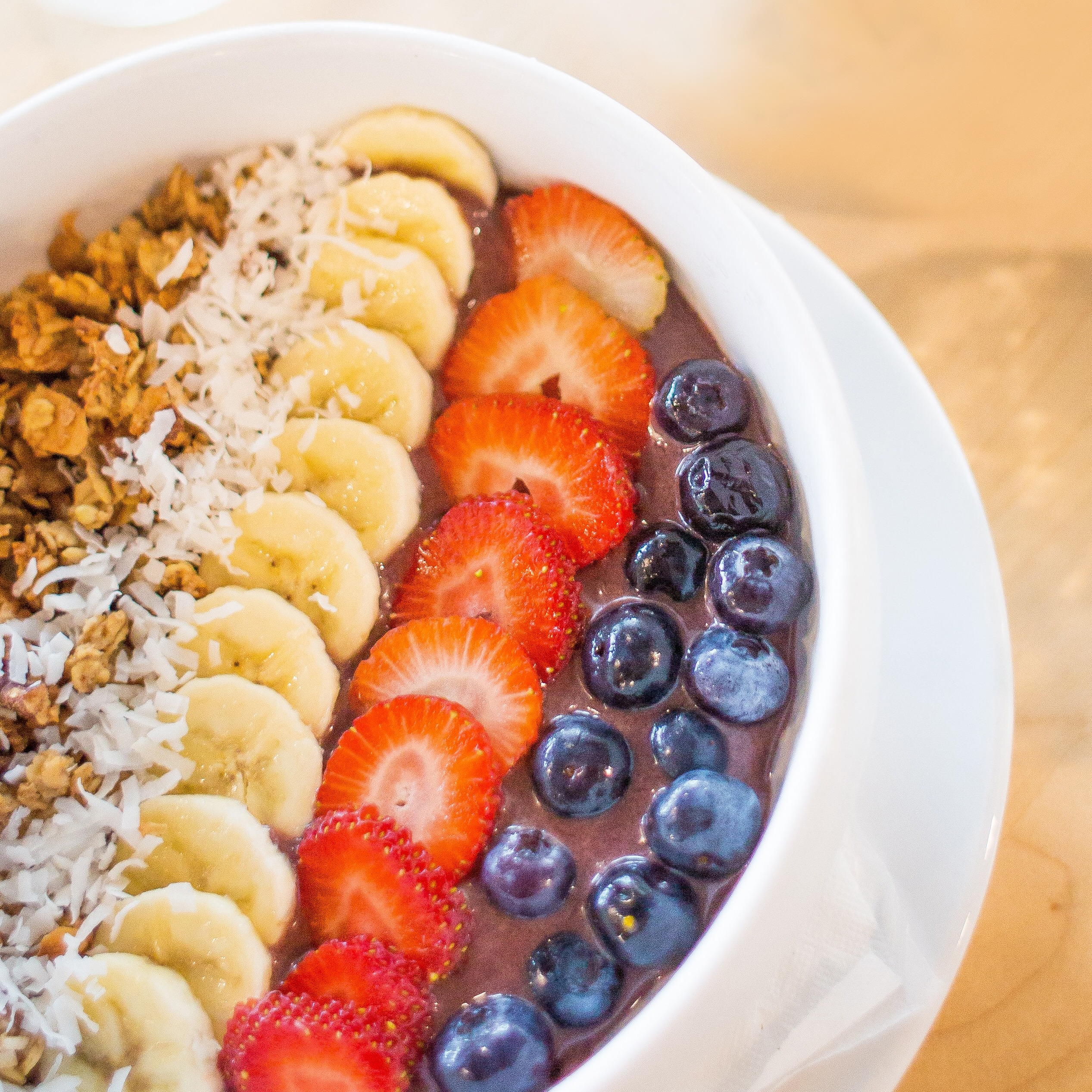 Easy and Delicious Chocolate Açaí Bowl